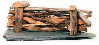 Moorkienholz Palisade auf echter Schiefer - klein